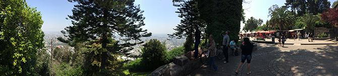 Vista da parte mais baixo do Cerro de San Cristóbal