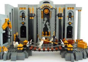 Os nove círculos do Inferno de Dante em LEGO