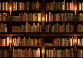 Livraria lança perfume que cheira livros antigos
