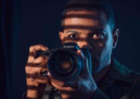 Série Viewpoint atrai com misto de tensão e voyeurismo